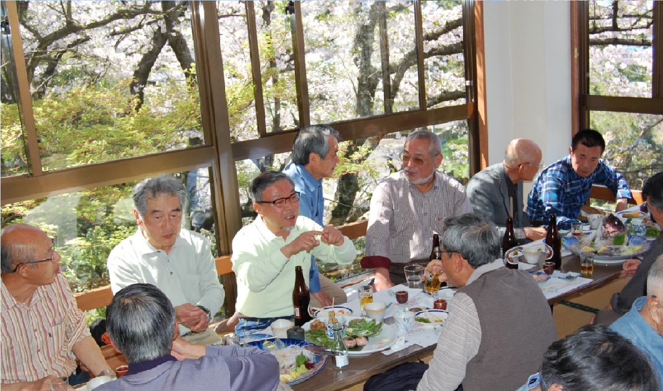 九州同友会花見会の報告2