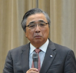 岩田公男氏
